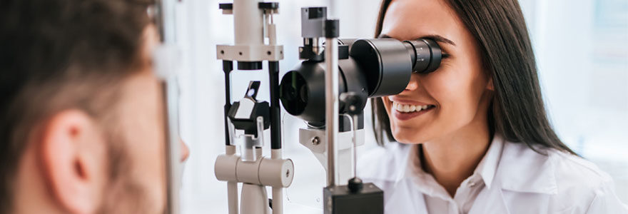 consulter un ophtalmologue